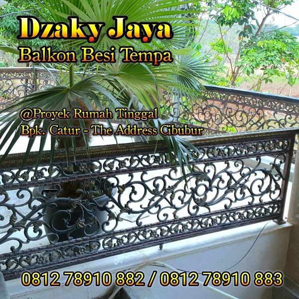 railing balkon besi tempa klasik rumah mewah di Cibubur