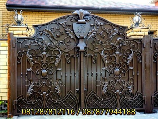 pagar besi tempa klasik modern untuk rumah mewah